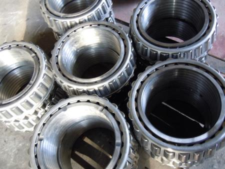 Four rows of tapered roller bearings 4